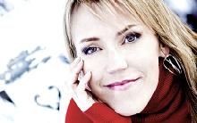 Véritable star en Scandinavie, Åsa Larsson compte des millions de lecteurs à travers le monde.